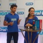 ORALB-Escova-Eletrica-Caua-Reymond