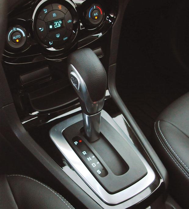 Powershift-new-fiesta-sedan-2014