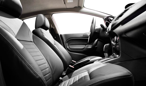 interior-new-fiesta-sedan-2014