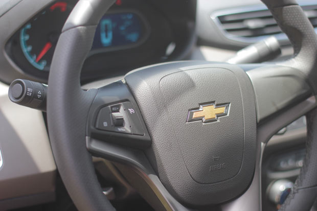 Novo-Chevrolet-Prisma-2014-12