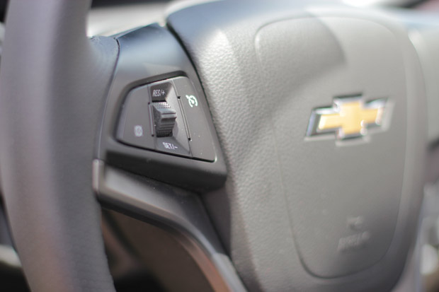 Novo-Chevrolet-Prisma-2014-17
