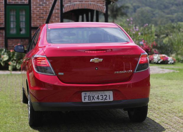 Novo-Chevrolet-Prisma-2014-3