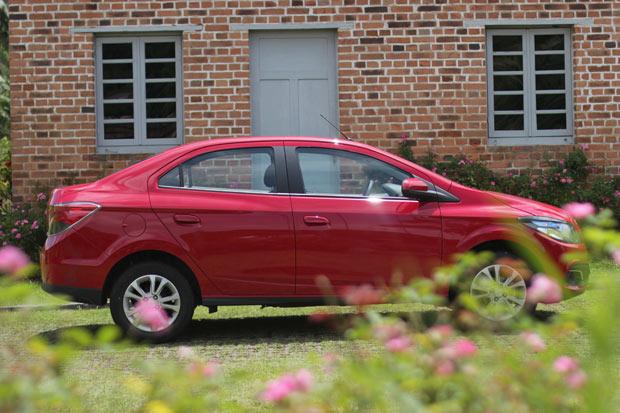 Novo-Chevrolet-Prisma-2014-6