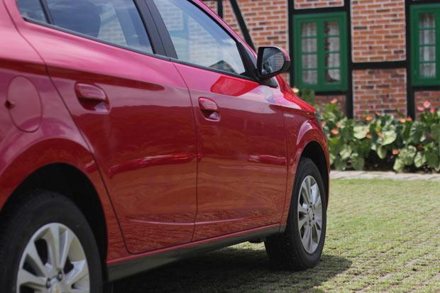 Novo-Chevrolet-Prisma-2014-8