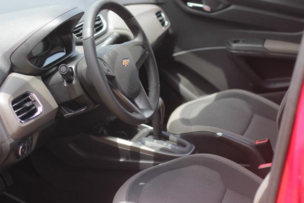 Novo-Chevrolet-Prisma-2014-9