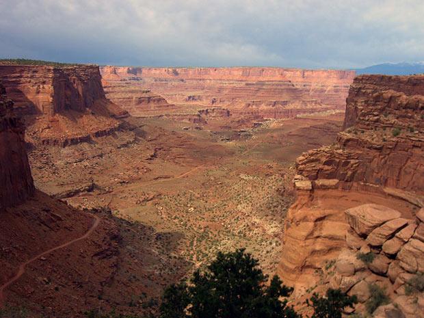 White-Rim-Road,-Canyonlands-National-Park-Utah,-Estados-Unidos