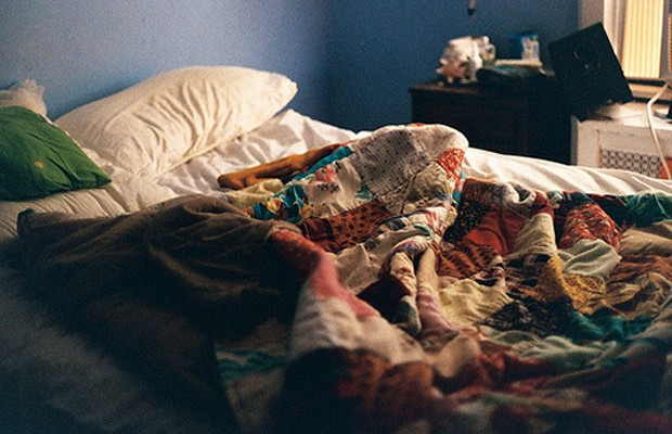 cama-baguncada
