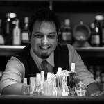 Lounge Le Bilboquet com drinks criados pelo mixologista Marcelo Vasconcellos