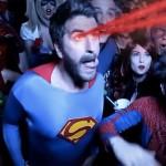 'Se Beber, Não Case!' Versão Super-Herói