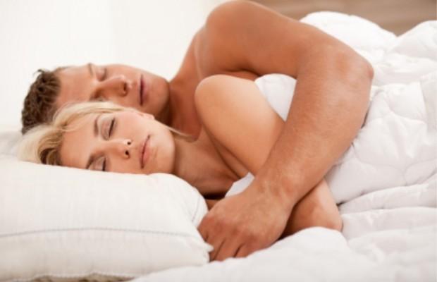 couple-sleeping-Custom