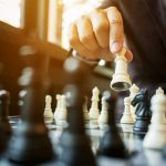 jogando-xadrez