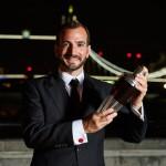Charles Joly, dos EUA, é nomeado o melhor bartender do mundo