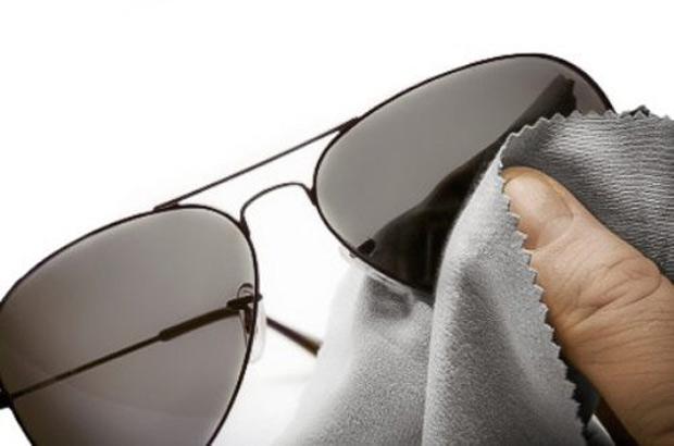 limpando-flanelinha-oculos