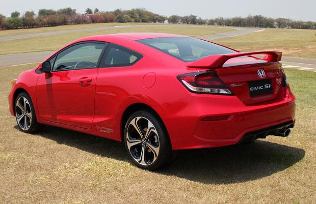 Honda-Civic-Si-Coupe-vermelho