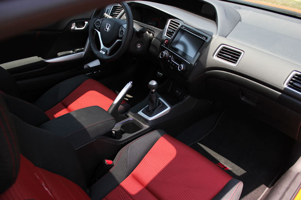 Interior-Honda-Civic-Si-Coupe