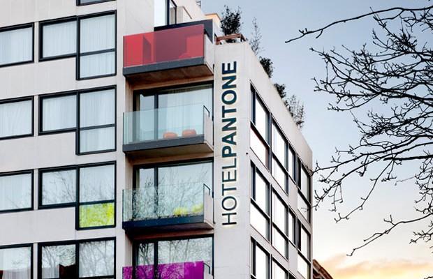 Que tal se hospedar no Hotel da Pantone?