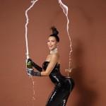 Kim Kardashian completamente nua na PAPER Magazine