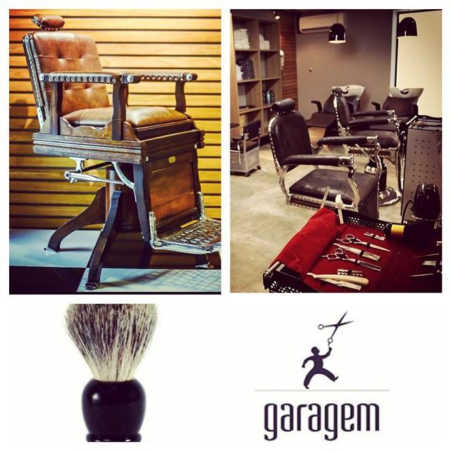 Conheça a Barbearia Garagem, muito mais que uma Barbearia é o espaço do homem que privilegia o bem-estar e a elegância. Conheça a Barbearia Garagem e