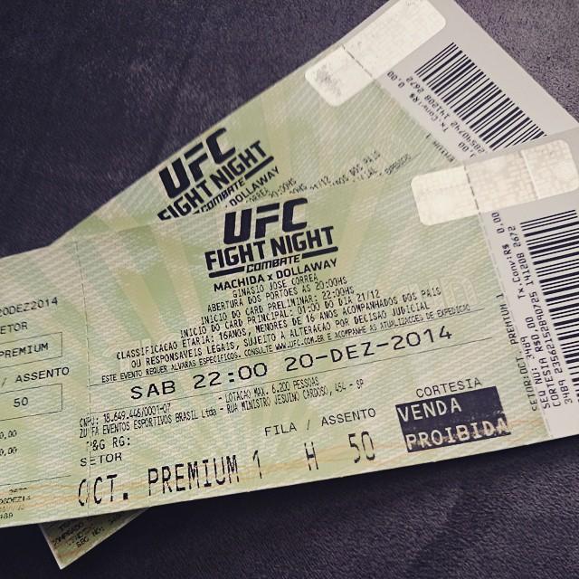 Hoje é dia de #UFC! Machida vs Dollaway! ? Thanks P&G do Brasil. ?