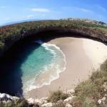 Uma praia escondida nas Ilhas Marieta