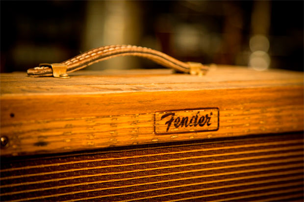 Fender-Amplificador-Barril-de-whiskey-1