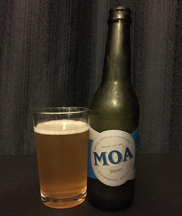 MOA Blanc