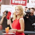Kate Hudson é a estrela do Calendário Campari 2016