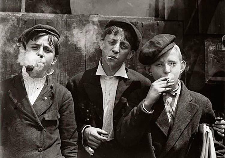 criancas-fumando