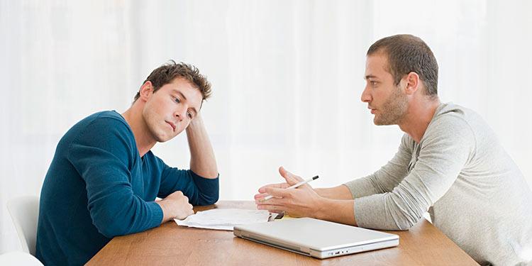 homens-conversando