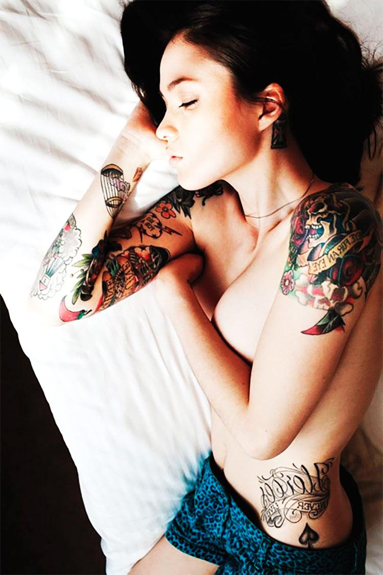 sexy-sleeping-girl-tattoo