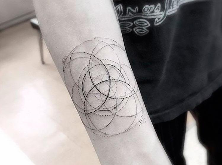 tatuagem-geometrica-antebraco