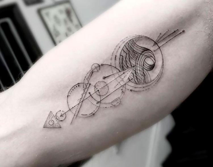 tatuagem-geometrica-para-homens
