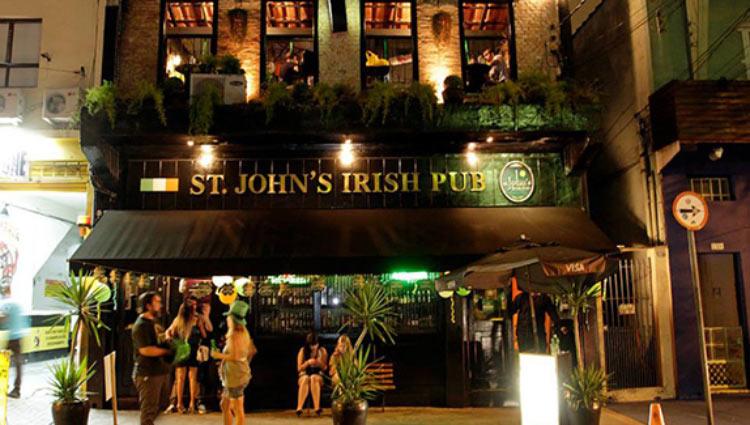 ST.-JOHNS-IRISH-PUB