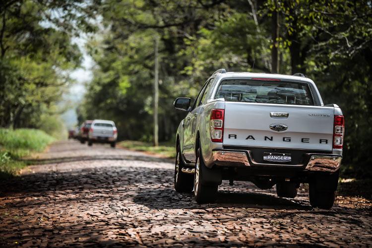 Para mais informações sobre a Nova Ford Ranger 2017 , clique aqui .