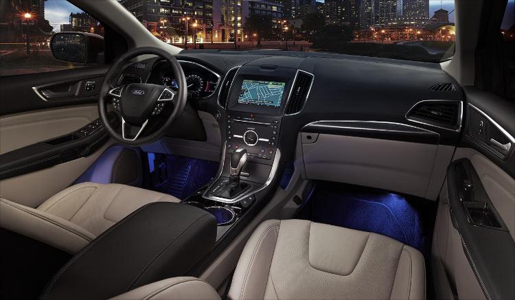 interior-novo-edge-ford