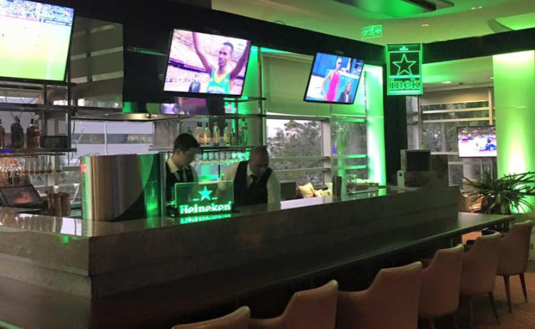 sport-bar-hyatt