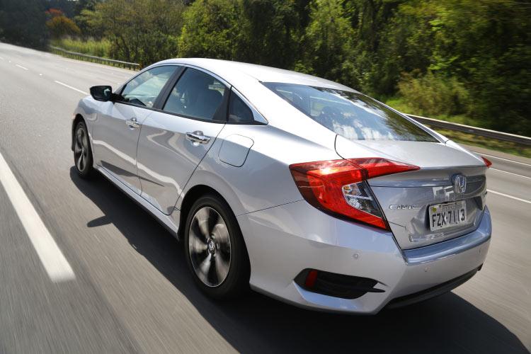 Honda-Civic-2017-Touring-test