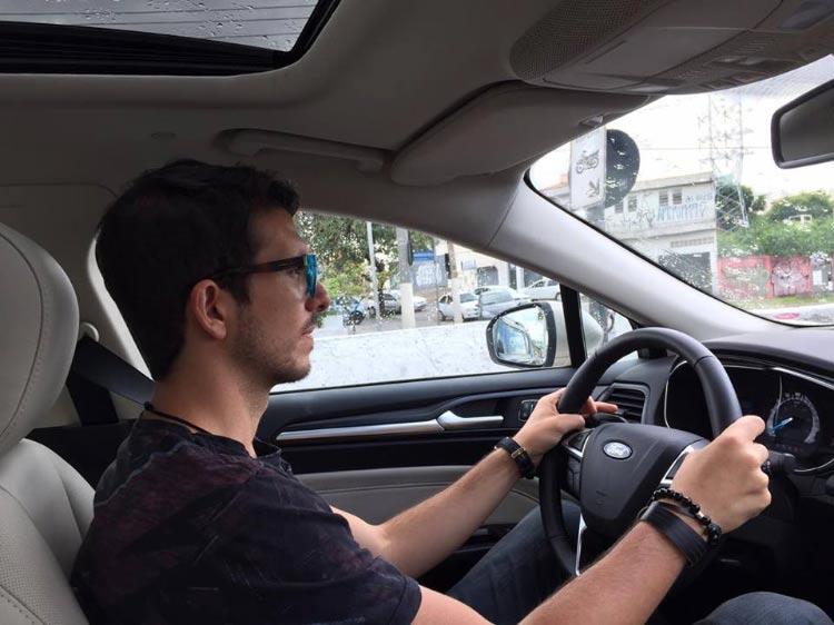 dirigindo-ford-fusion-hybrid-2017