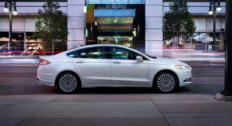 ford-fusion-hybrid-2017-lateral