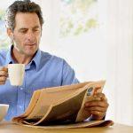 homem-lendo-jornal