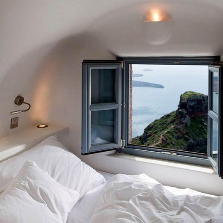 bedroom-amazing-view