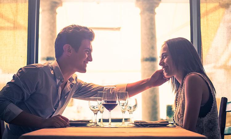 casal-jantando