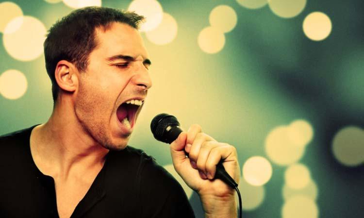 homem-cantando
