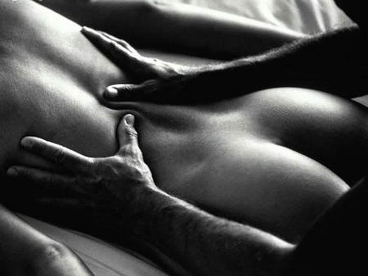 massagem-costas-dela