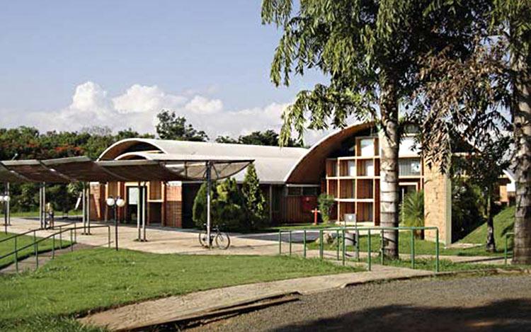 Espaço-Cultural-Casa-do-Lago