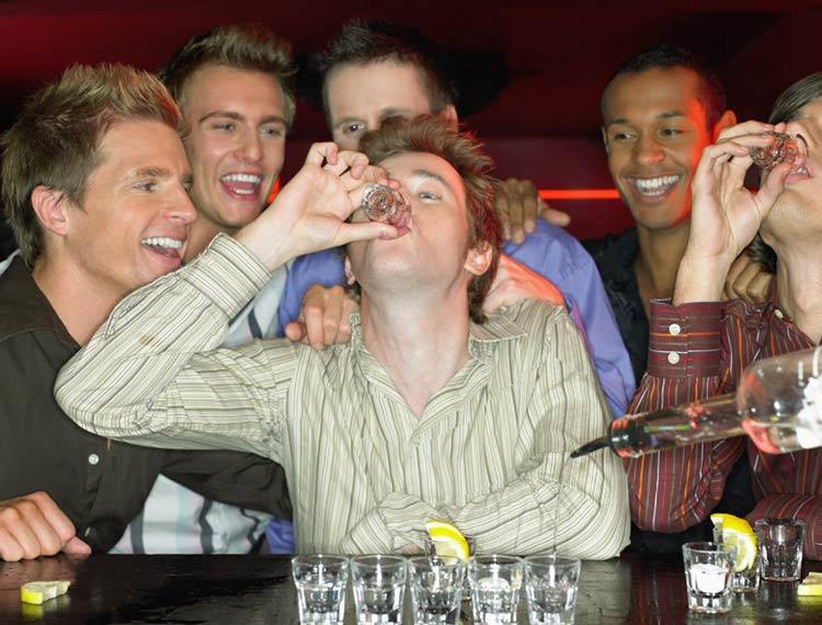 bebendo-todas