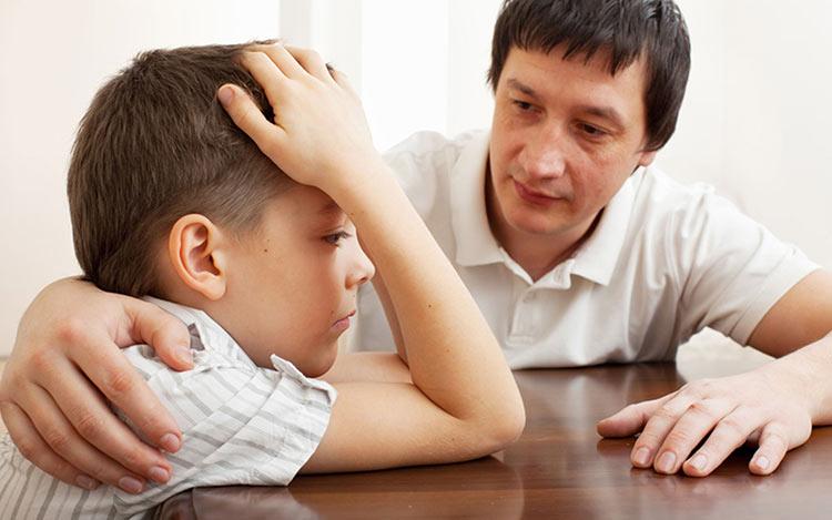 pai-cuidando-filho