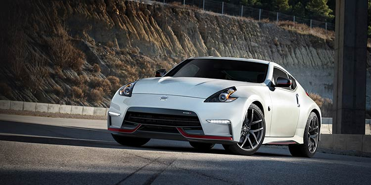 2017-nissan-370z-coupe-nismo-pearl-white