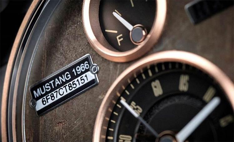 p51-mustang-watch-1