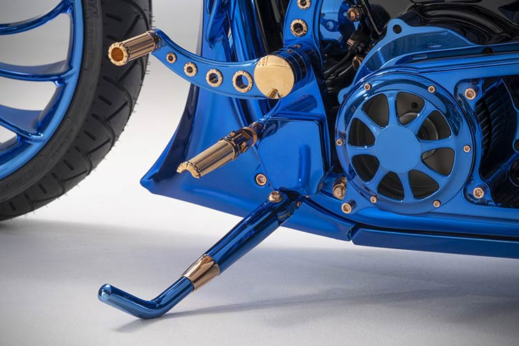 Harley-Davidson-Blue-Edition-2
